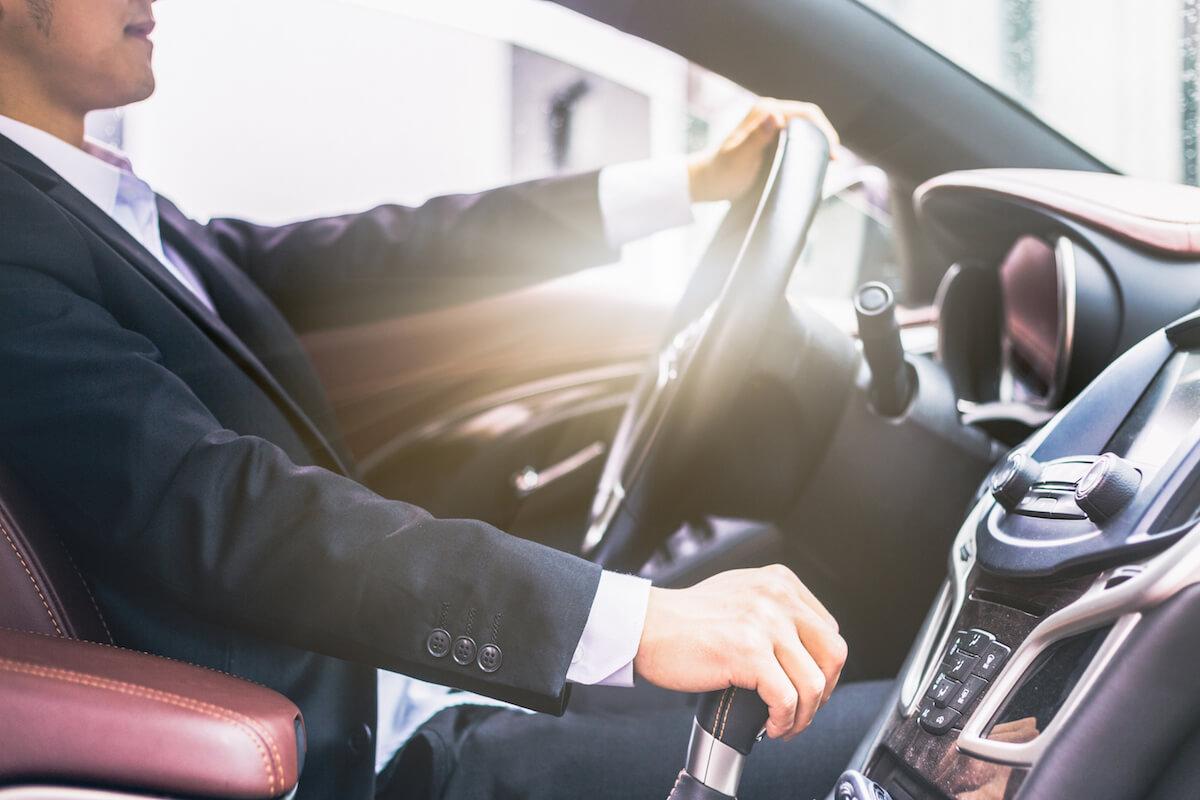 privil ge limousines location de voiture avec chauffeur priv sur la c te d 39 azur et paris. Black Bedroom Furniture Sets. Home Design Ideas