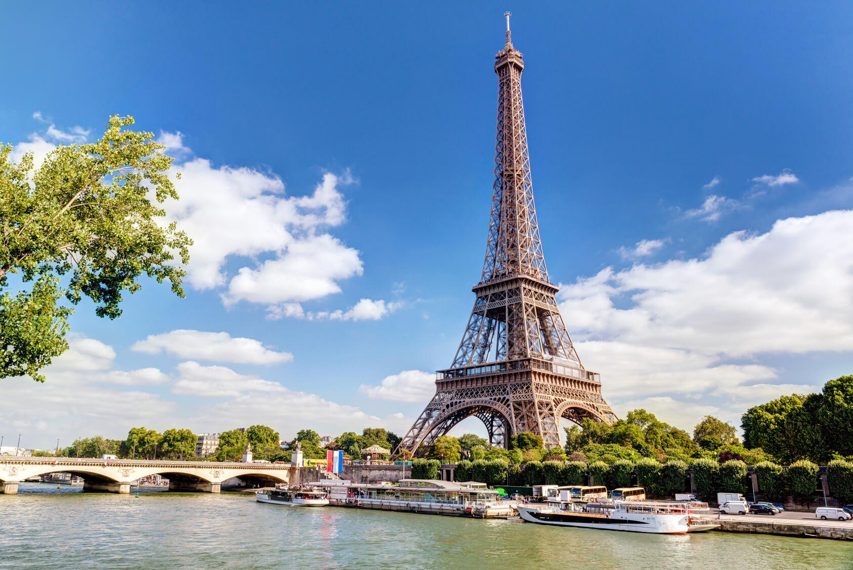 Location de voitures avec chauffeur privé à Paris